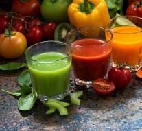 Świeże soki warzywne i owocowe – same zalety?